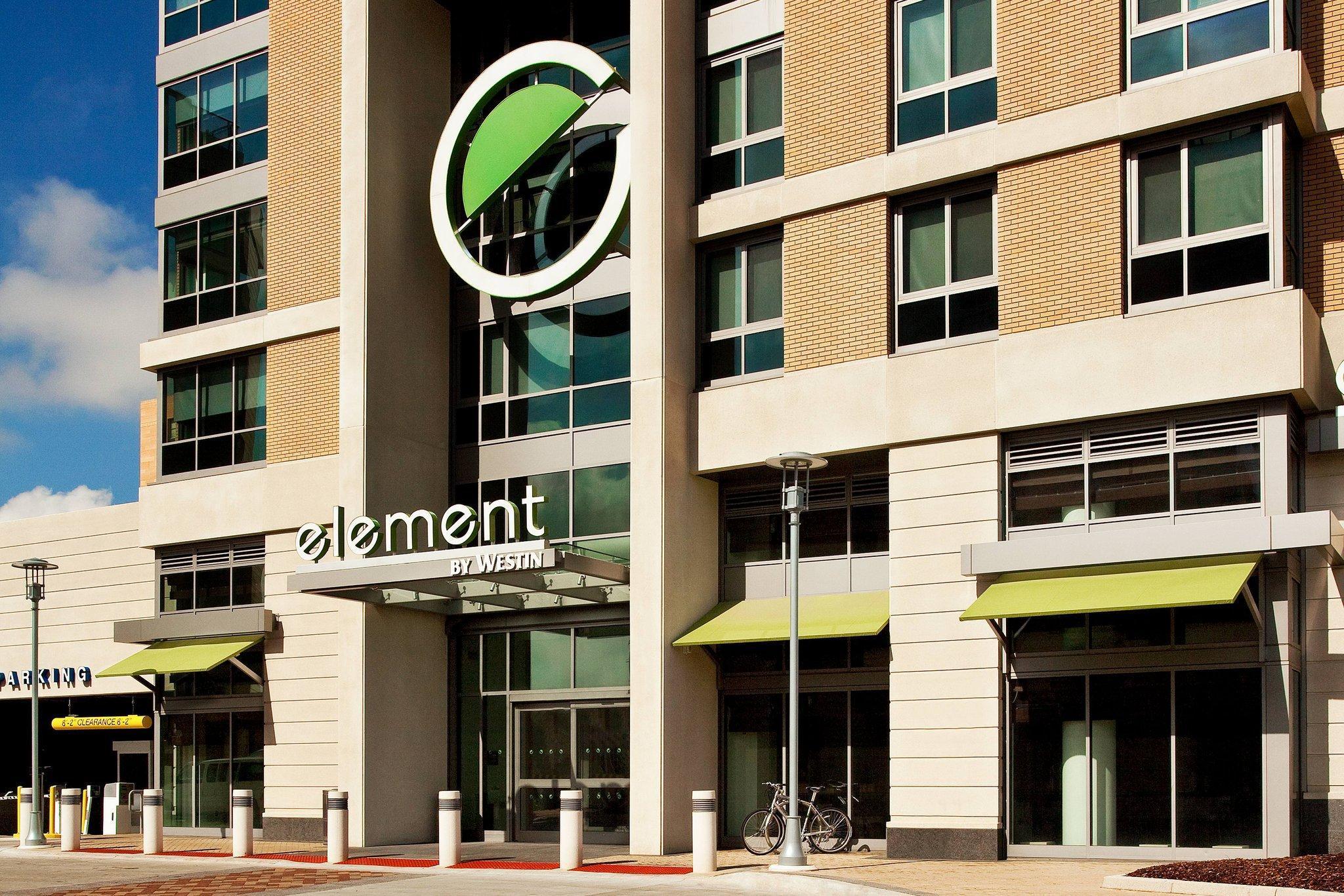 Element Omaha Midtown Crossing