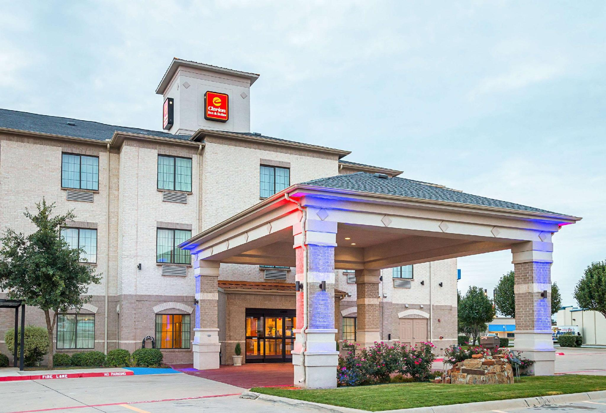Clarion Inn And Suites Weatherford South