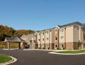 Microtel Buckhannon Hotel