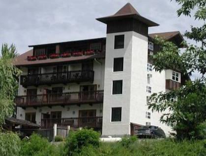 The Blackbird Lodge