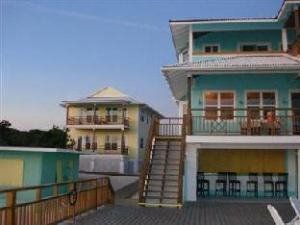 Long Island Breeze Resort