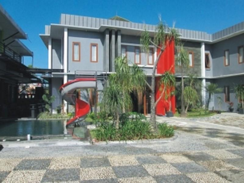 Mirda Gratia Hotel And Convention