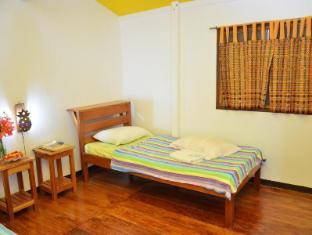Bahay Kubo at Emerald Playa Puerto Princesa City - Cabana