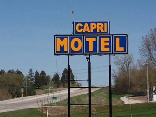 Capri Motel