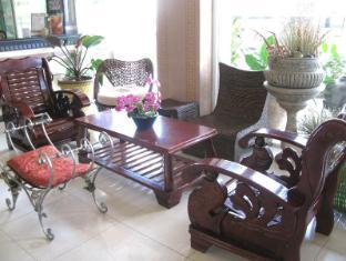 Hotel Uno Davao City - Előcsarnok