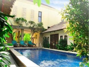 Coco de Heaven Hotel Bali - Bazen