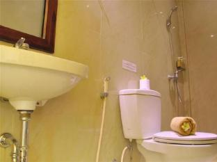 โคโค่ เดอ เฮฟเว่น โฮเต็ล บาหลี - ห้องน้ำ