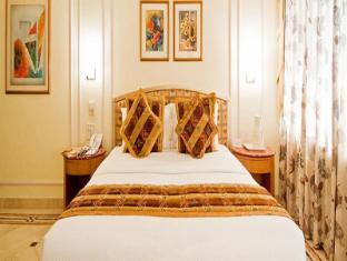 Hotel Residency Andheri Mumbai - Guest Room