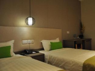 Champion Hotel Singapore - Superior Twin