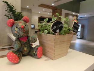Champion Hotel Singapore - Interior