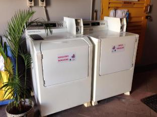Champion Hotel Singapore - Self-service (laundry)