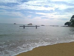 Tanjung Bidara Beach Resort Malacca - Beach