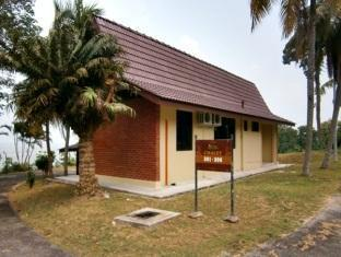 Tanjung Bidara Beach Resort Malacca - Chalet Sea View