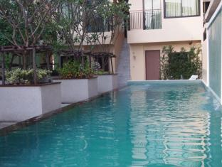 The Wave Hotel Patong Phuket - Swimming Pool