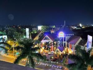 Tryas Hotel