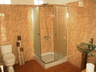 Atmadeva Villa Bali - Bathroom
