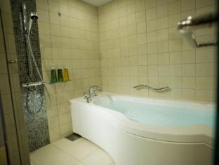 Kyoto Brighton Hotel Kyoto - Bathroom