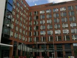 /fi-fi/solo-sokos-hotel-paviljonki/hotel/jyvaskyla-fi.html?asq=vrkGgIUsL%2bbahMd1T3QaFc8vtOD6pz9C2Mlrix6aGww%3d
