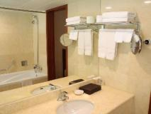 Sejong Hotel: bathroom