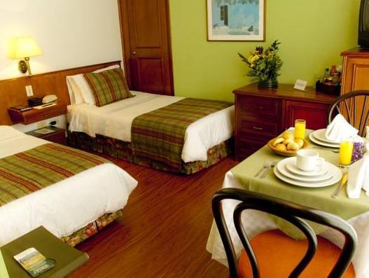 Nuevo Hotel Rinc�n De Santa B�rbara