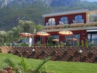 Hotel Oasi Beach