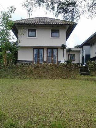 Villa Sejuk Bandung Kota