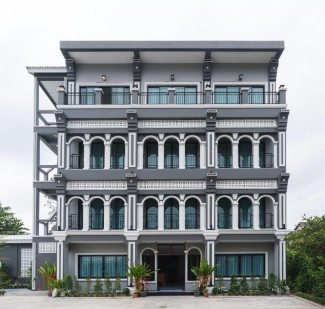 เดอะบีซาวานา ภูเก็ต – The Besavana Phuket