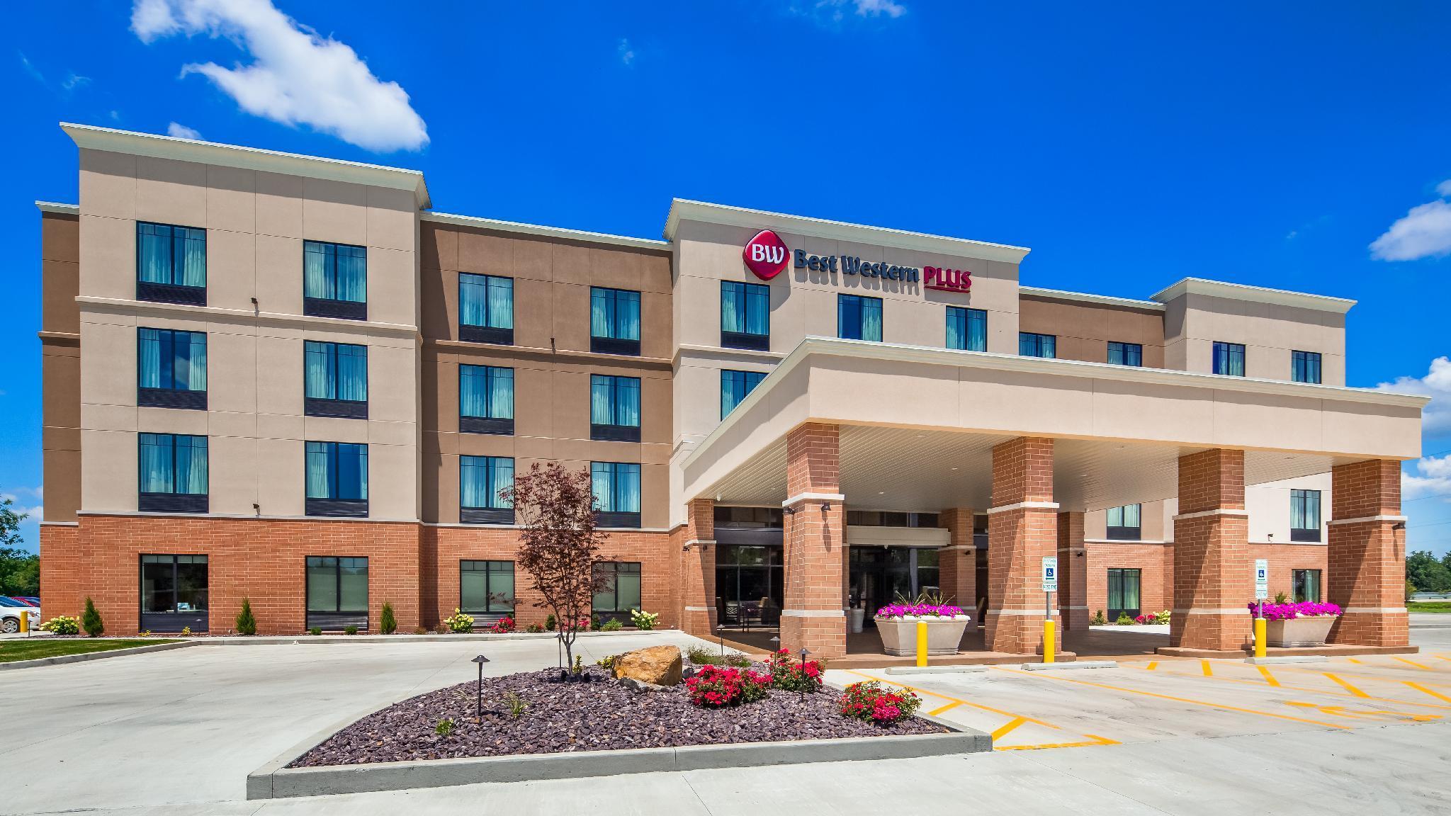 B W Plus Centralia Hotel And Suites