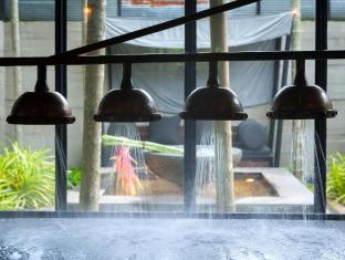 Indigo Pearl Hotel Phuket - Vichy Shower in Coqoon Suite