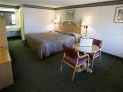 Legacy Inn   Gallatin