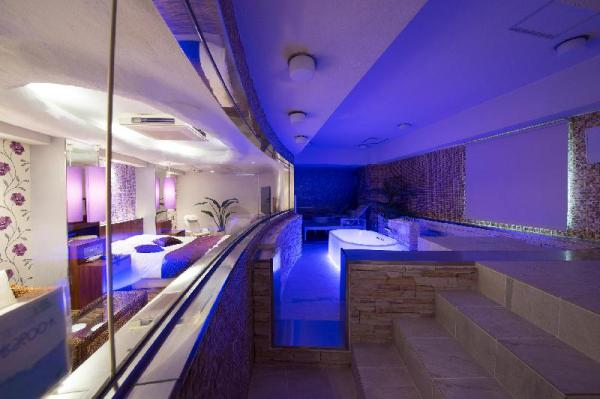 Sakuranomiya Towers Hotel - Adult Only Osaka