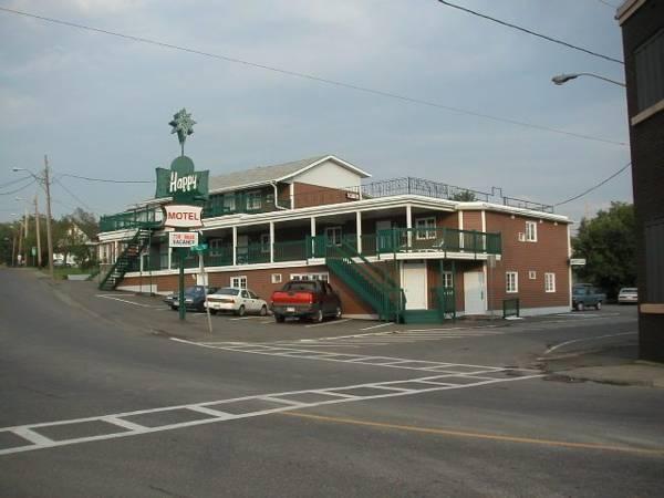 Happy Motel