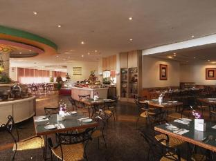 Mahkota Hotel Melaka Malacca - Cafe Mahkota