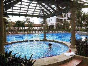 Mahkota Hotel Melaka Malacca - Swimming Pool