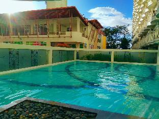 picture 3 of Ria's Place Tagaytay with Lake & Pool View