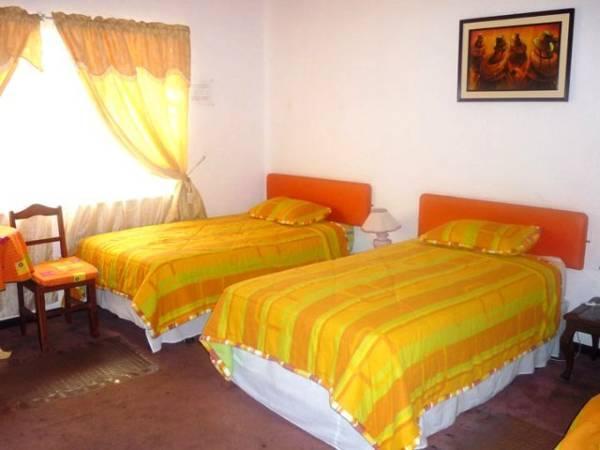 Hotel Ginas 2