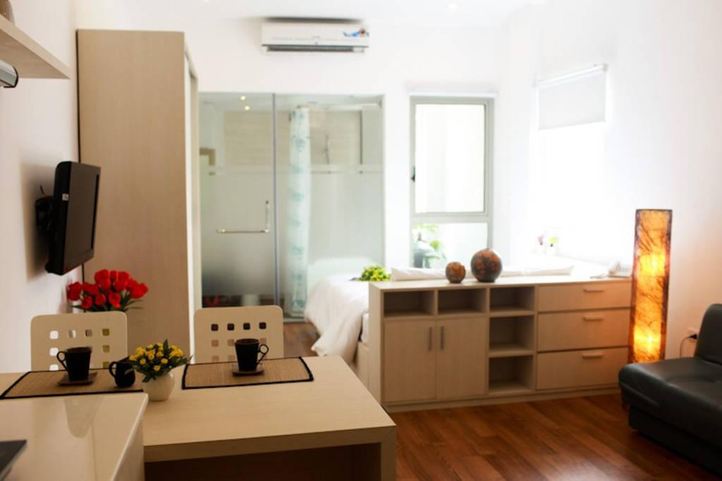 Tran Suites 302 Serviced Studio Free Basic Laundry