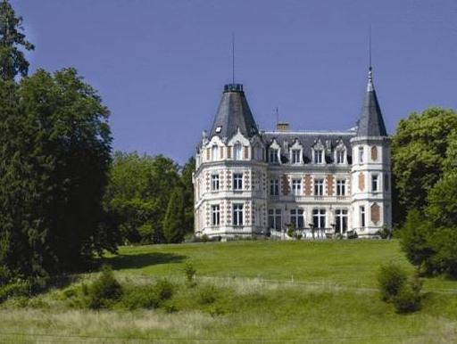 Chateau De L'aubriere   Les Collectionneurs