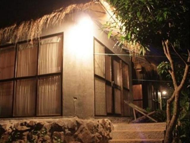 วิจิตรา แค็มปิ้งส์ แอนด์ รีสอร์ท – Vijitra Camping & Resort