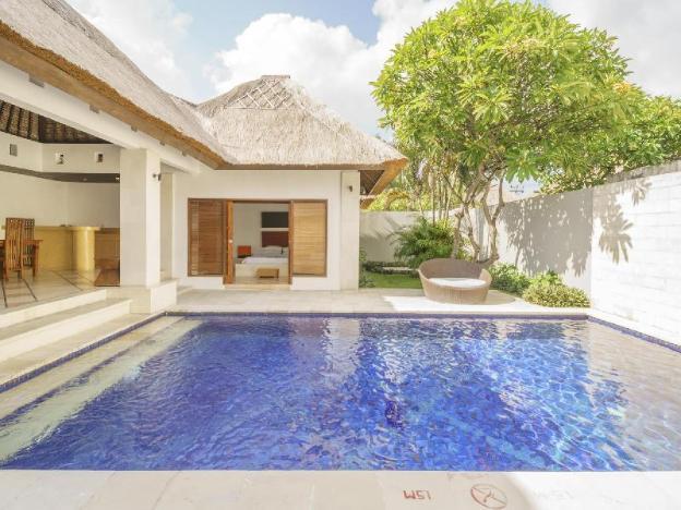 Bvilla Pool