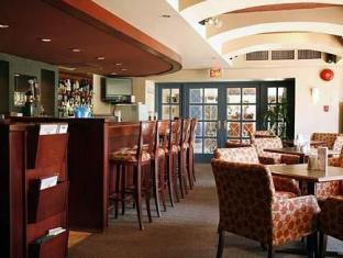 Quality Downtown Inn At False Creek Hotel Vancouver (BC) - Coffee Shop/Cafe