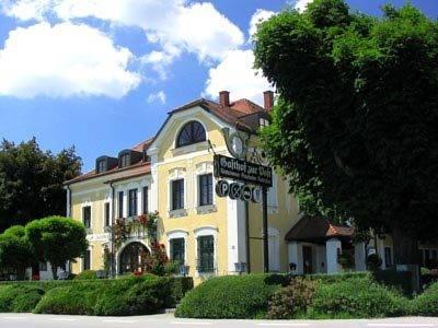Hotel und Restaurant Post Prienbach 1