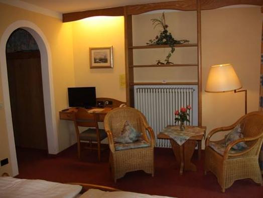 Hotel und Restaurant Post Prienbach 5