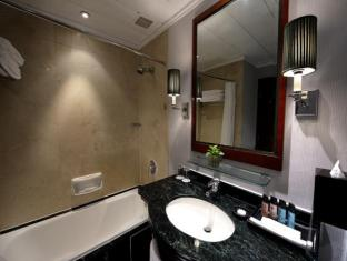 Charterhouse Causeway Bay Hong Kong - Suite Bathroom