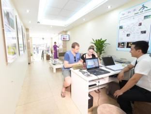 Mai Charming Hotel and Spa Hanoi - The Business center