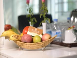 Mai Charming Hotel and Spa Hanoi - Food and Beverages