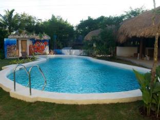 Vanilla Sky Resort Panglao Island - swimming pool