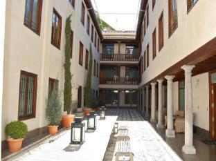 /granada-inn-apartments/hotel/granada-es.html?asq=vrkGgIUsL%2bbahMd1T3QaFc8vtOD6pz9C2Mlrix6aGww%3d