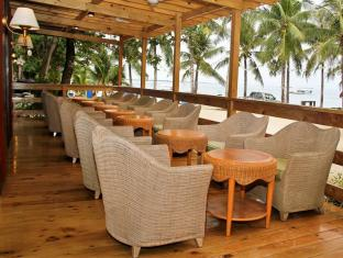 BlueFins Resort Mactan Island - Coffee Shop/Cafenea