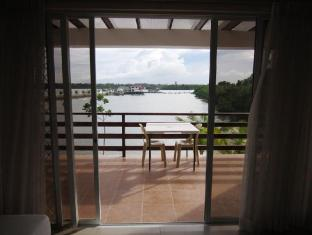 Papa Kit's Marina Resort Liloan - Deluxe